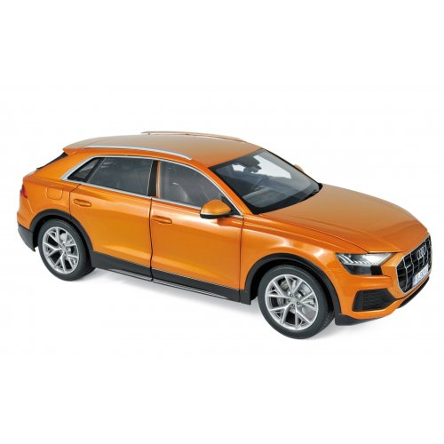 Audi Q8 2018 - Orange metallic 1:18