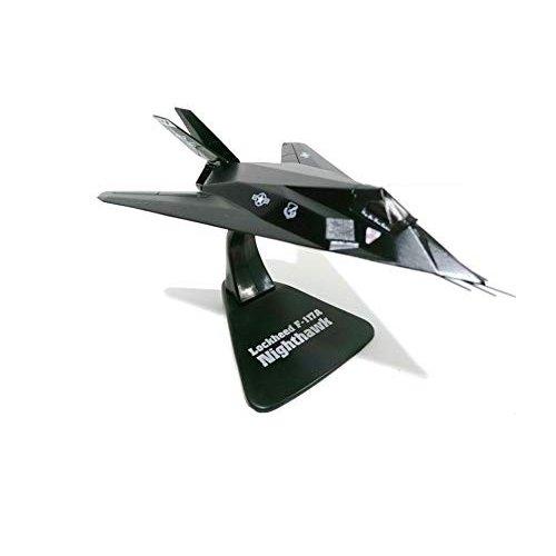 Lockheed F-117A NIGHTHAWK 1:144