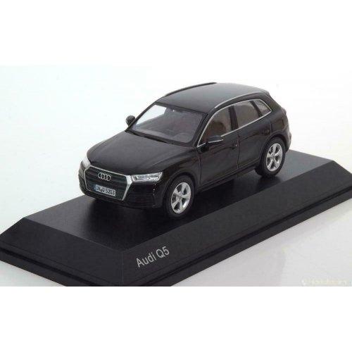 Audi Q5 - Myth Black 1:43