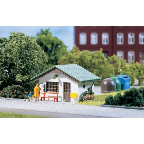 Bus shelters (2 pieces, 55 x 40 x 40 mm each) H0 /1:87/
