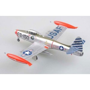Macheta Easy Model, F-84E 49-2105, was assigned to the 22nd Fighter Bomber Squadron of the 36th FBG. Furstenfelbruck Air base, Germany 1:72