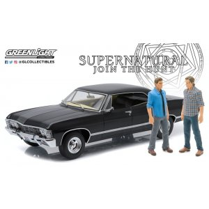 Artisan Collection - Supernatural (TV Series 2005-) 1967 Chevrolet Impala Sport Sedan with Sam and Dean Figures 1:18