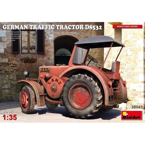 1:35 German Traffic Tractor D8532 1:35