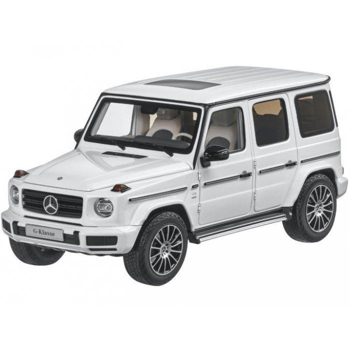 Mercedes-Benz G63 1:24 RTR AA baterie - alb