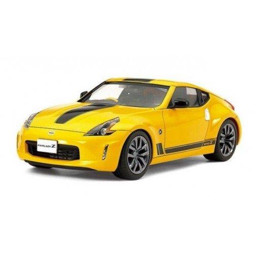1:24 Nissan 370Z Heritage Edition 1:24