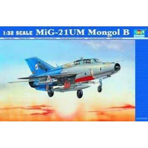 1:32   Aircraft -MiG-21UM Fighter 1:32